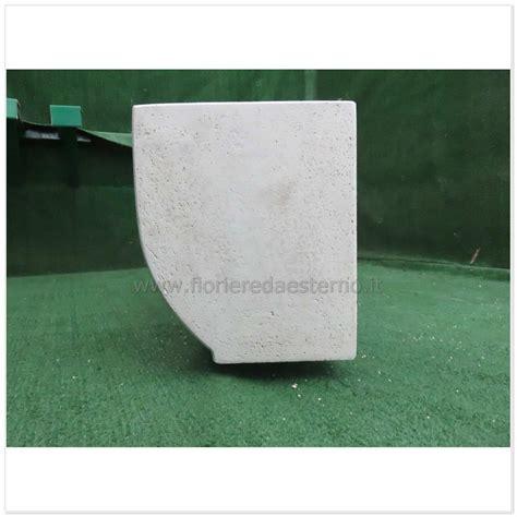fioriere prefabbricate fioriere cemento con pancia cm60 fioriere da esterno
