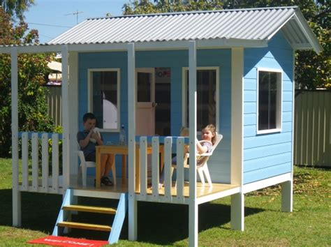 easy cubby house plans simple cubby house plans make their cubby house part of your garden area cubbykraft