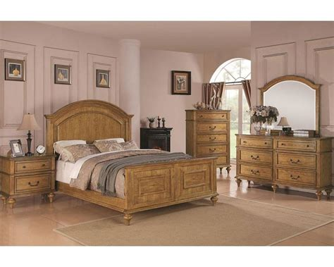 Light Oak Bedroom Set Coaster Emily Bedroom Set In Light Oak Co 202571set