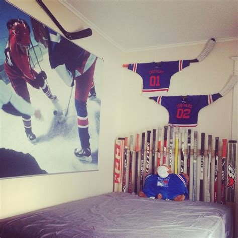 hockey bedroom 19 best adam s hockey room images on pinterest boys