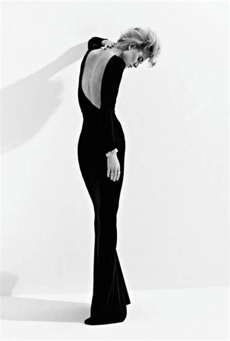 Pin by Hande Feyzioglu on Moda | Fashion model photography