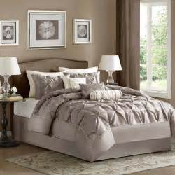 bedroom comforters sets 15 beautiful bedding sets that will inspire you