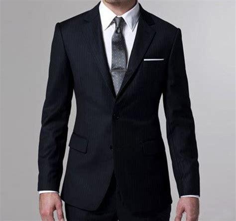 Pria Jas Hitam Trenc tips memilih model baju kantor