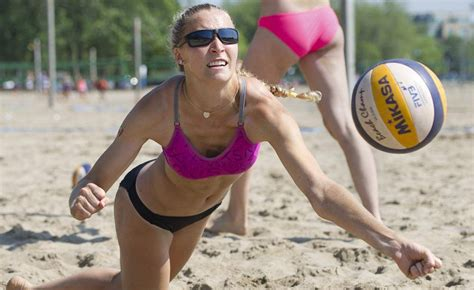 hot womens beach volleyball malfunctions sweat it out what beach volleyball can teach us about