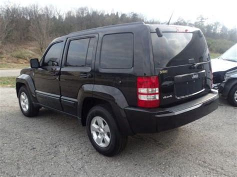 crashed jeep liberty purchase used 2012 jeep liberty sport 4wd salvage