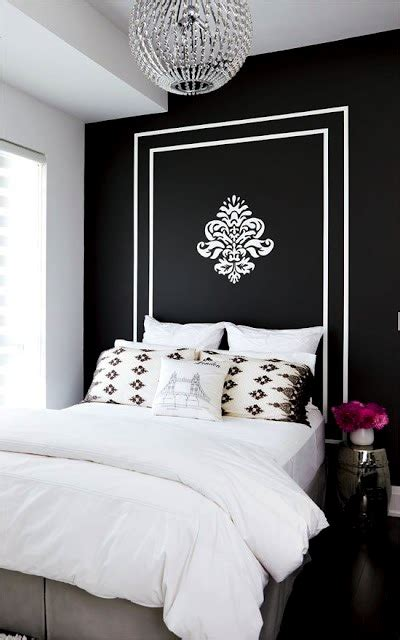 Headboard Painted On Wall by Artsy Painted Headboards On The Wall Room Beds