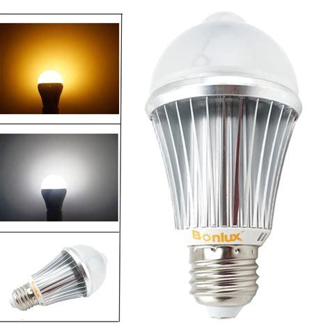 motion sensor led light bulb aliexpress buy pir motion sensor led light bulb 7w