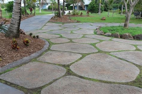 Make Your Own Patio Pavers Driveway Idea Make Your Own Pavers Yard And Garden