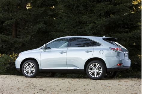 small engine repair training 2011 lexus rx hybrid user handbook lexus reveals updated 2011 lineup small changes for all page 4