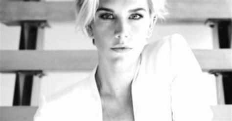 new haircut charissa thompson charissa thompson short hair google search hair
