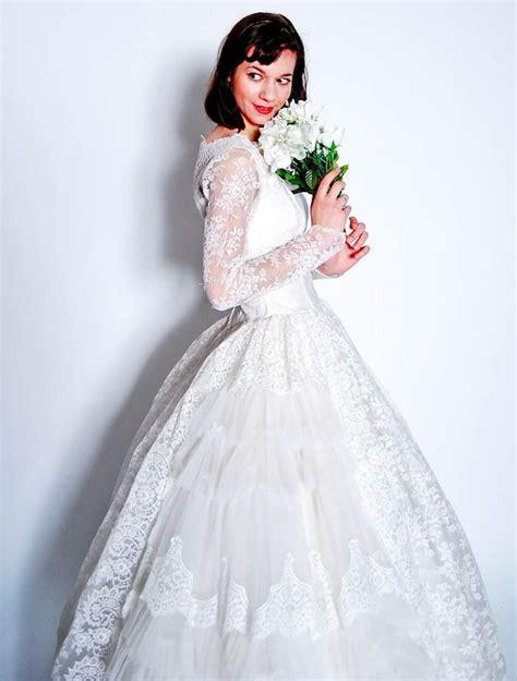 weisses brautkleid the all white wedding onewed