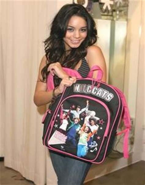 vanessa hudgens middle name what is zac efron s middle name high school musical