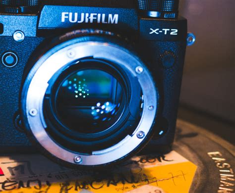 5d iv low light performance shooting with the fuji x t2 in italy samsung nx1 and