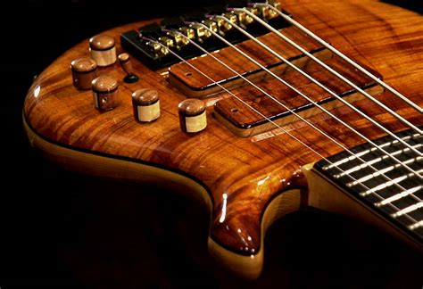 Handmade Bass - gw custom basses and lutherie for bassists by a bassist