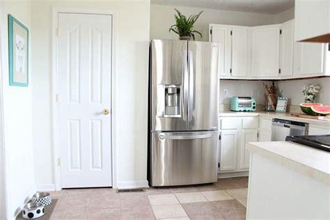 sw dover white kitchen cabinets dover white kitchen cabinets refresh restyle