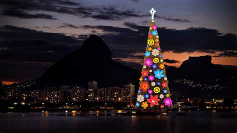 christmas trees in brazil the largest floating tree in the world 85m de janeiro brazil x post from r