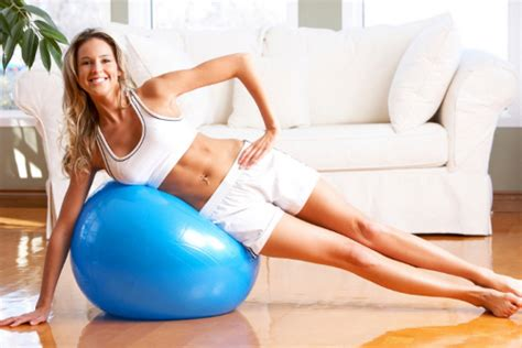 fare ginnastica in casa ginnastica in casa come tornare in forma dopo le feste