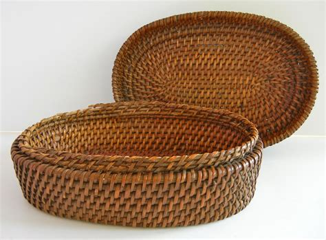 Baskets Handmade - vintage handmade oval woven basket with lid