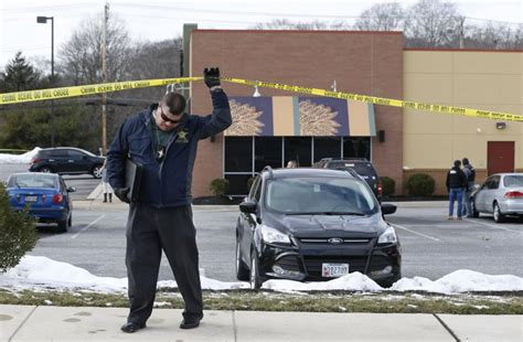 Baltimore County Sheriff Warrant Search Abingdon Md 2 Deputies Killed Suspect Dead In Shopping