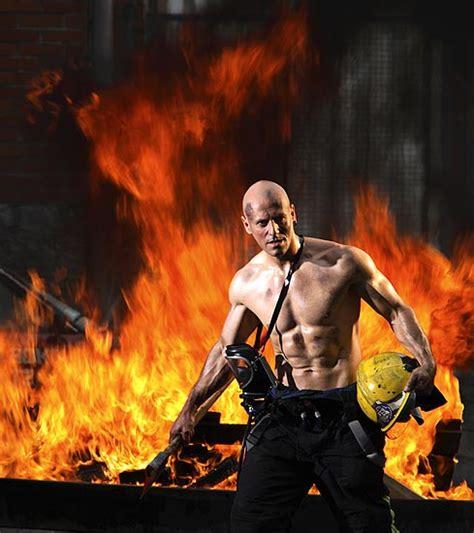 imagenes emotivas de bomberos fotos bomberos de calendario en bilbao im 225 genes