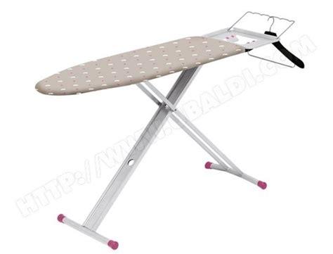 Libellule Table A Repasser