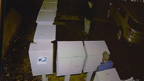mail thieves in ne bakersfield in the act on