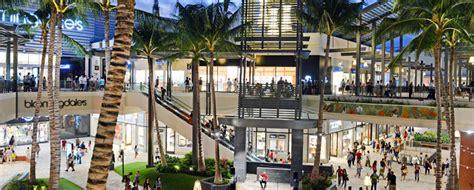 300 Square Foot by Ala Moana 300 Hawaii Shops And A Great Waikiki Beach