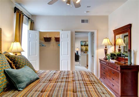 Three Bedroom Apartments Houston by 1 2 3 Bedroom Apartments In Houston Tx Camden Oak Crest