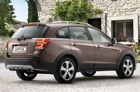 updated chevrolet captiva  geneva autocar india