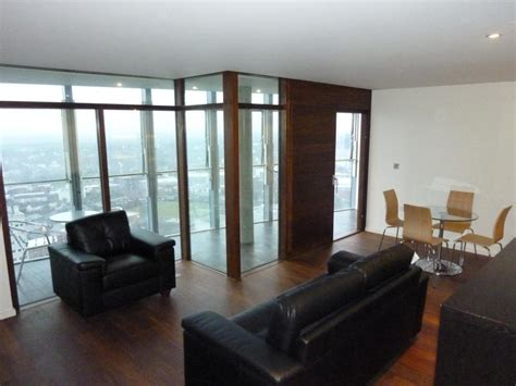 2 bedroom flat birmingham 2 bedroom flat to rent in beetham tower birmingham b1 b1