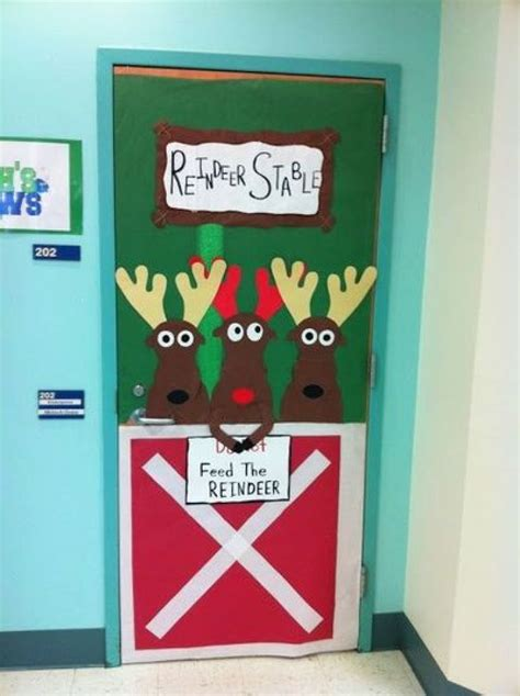christmas door decorating ideas 14 awesome photos religious christmas classroom door ideas