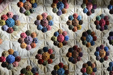 How To Make Yo Yos For A Quilt by Sew N Oaks Quilting The Yo Yo Quilt Is Done