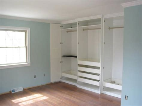 Pictures Of Bedroom Closets by Closet Systems Find Practical And Stylish Wardrobes