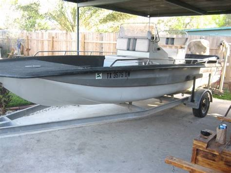 boat accessories edinburgh 20 2 bayhawk w 200 yamaha tunnel boat 6700 edinburg