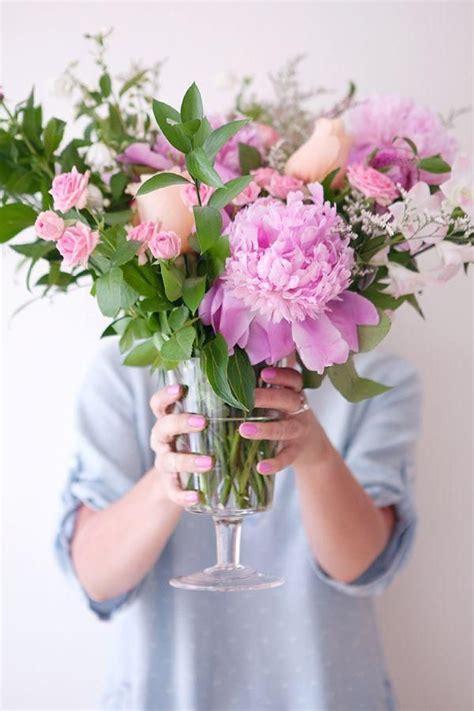 flower arrangement techniques tips for creating a cascading floral arrangement mommy