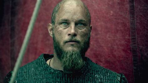 ragnar shaved head 13 travis fimmel as ragnar lothbrok hd wallpapers for desktop