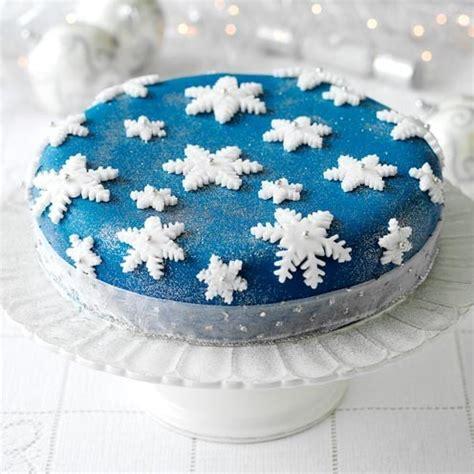 7 ways to decorate your christmas cake christmas cake
