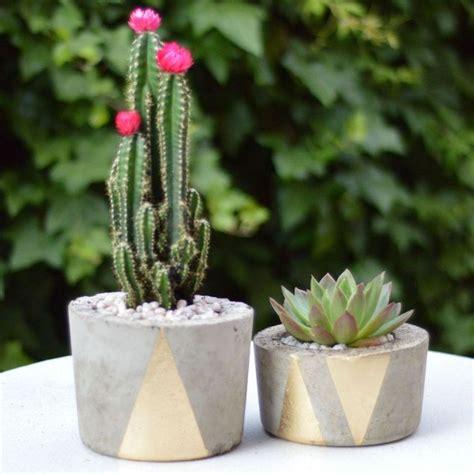 how to make concrete planters how to make concrete planters hometalk