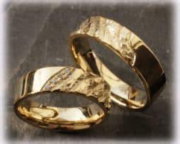 Eheringe Im341 Mit 11 Diamanten Rosegold Und Weissgold Bicolor Poliert by 100 Handwerklich Geschmiedete Trauringe Und Verlobungsringe