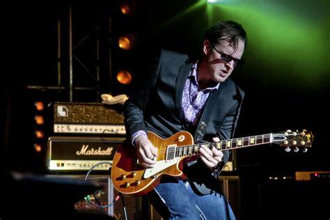 Joe Bonamassa Guitar Giveaway - this weekend in the bluesmobile joe bonamassa thebluesmobile