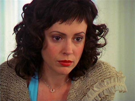 Phoebe Halliwell Hairstyles the combo of fringe curls alyssa as