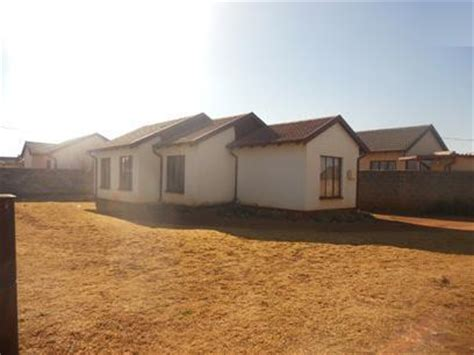 sa home loans repossessed houses standard bank repossessed 3 bedroom house for sale on online auction in vosloorus