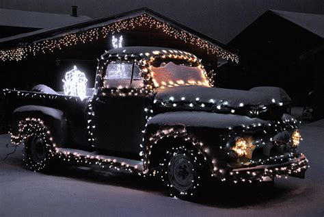 colorado christmas truck photograph by bob berwyn