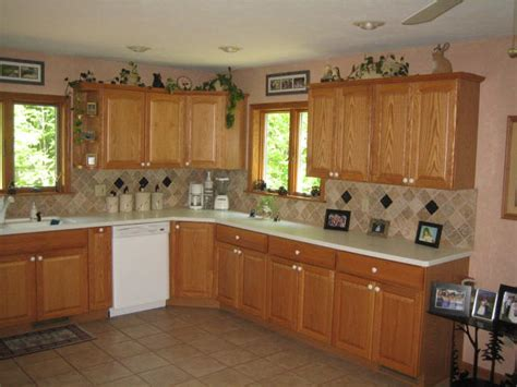 kitchen flooring ideas with oak cabinets kitchen floor ideas with light oak cabinets mf cabinets