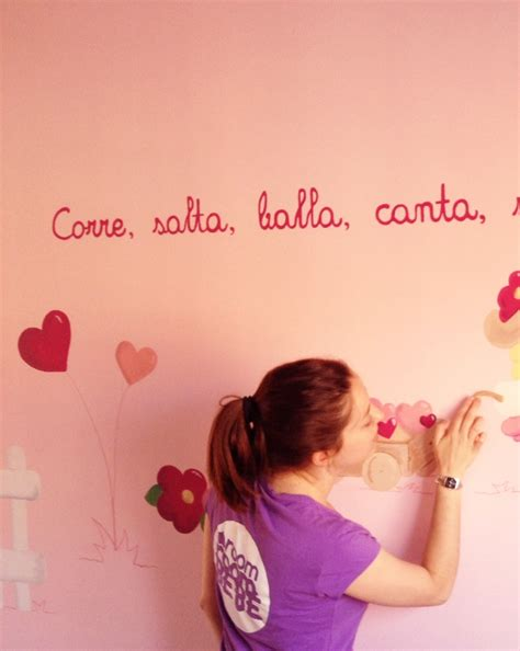 como decorar el cuarto de mi bebe niña un mural original en la habitaci 243 n de mi beb 233 room room beb 233