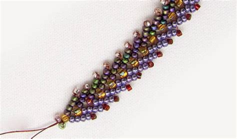 how to bead the st petersburg chain