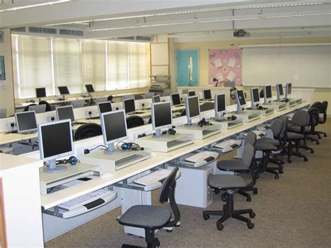 computer room school design