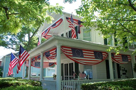 pictures of houses decorated for the real reason to celebrate july 4th roadkill crossing