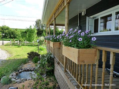 Porch Rail Planters by 25 Beautiful Deck Railing Planters Ideas On