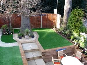 photos of artificial lawns in gardens